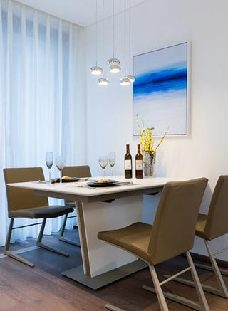 100㎡现代三居室餐厅图片