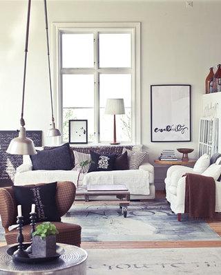 客厅沙发实用毛毯图片