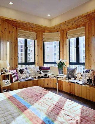 布艺飘窗垫布置图片