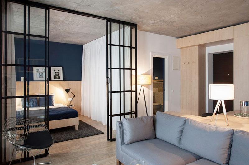 一室一厅小户型卧室格栅门