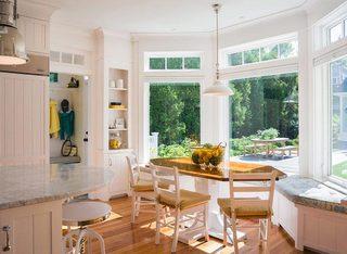 小餐厅飘窗装修装饰效果图