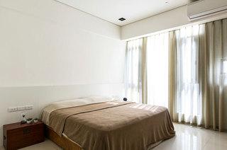 115平三居主卧室装修效果图欣赏