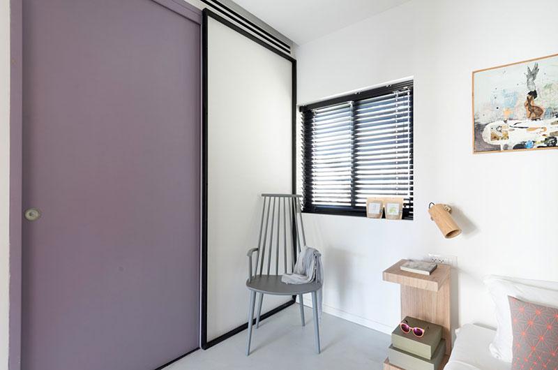 55平小户型两居室卧室推拉门装修