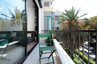55平小户型两居室阳台效果图