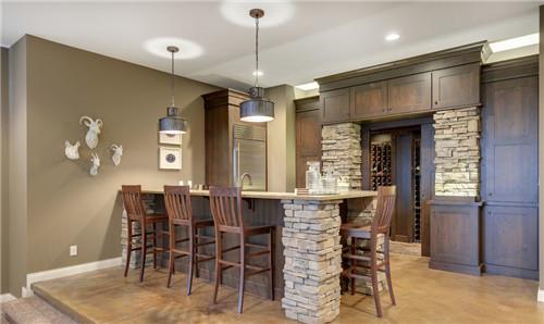 家庭吧台装修效果图 享受多元化的家居时光