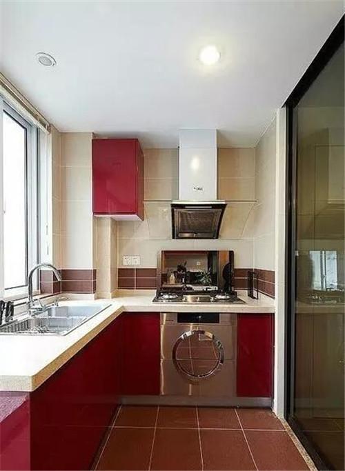 小阳台改厨房效果图 2㎡阳台教你巧变厨房图片