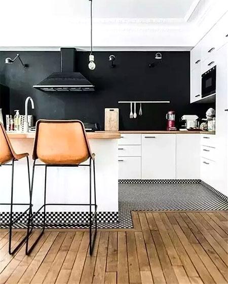瓷砖木质混搭装修厨房地板设计图