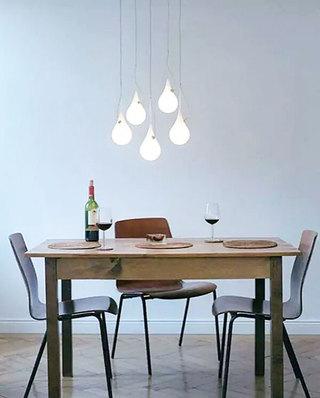 简洁餐厅吊灯装修效果图