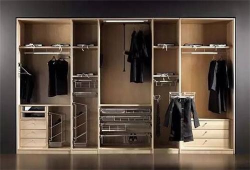 衣柜布局效果图 4款实用衣柜布局设计