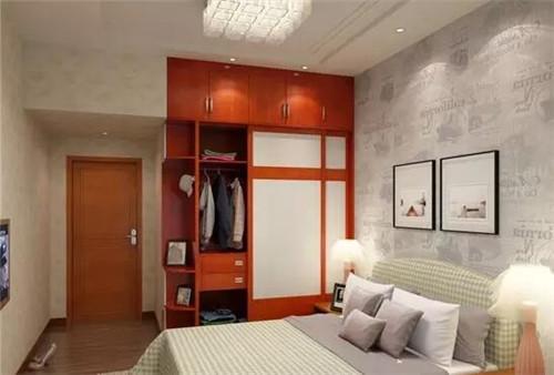 这个房间的角落本来是有个柱子,主人将柱子用衣柜包住了,这样巧妙的图片