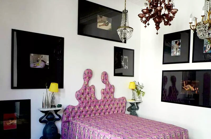 卧室照片墙效果图