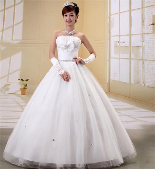 结婚新娘衣服如何挑选 新娘结婚需要准备几套衣服