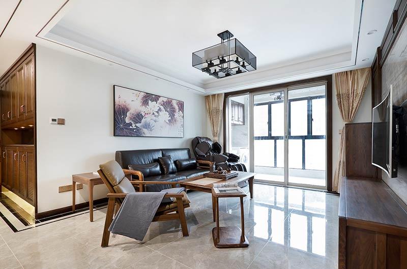 104平中式三居室真皮沙发设计
