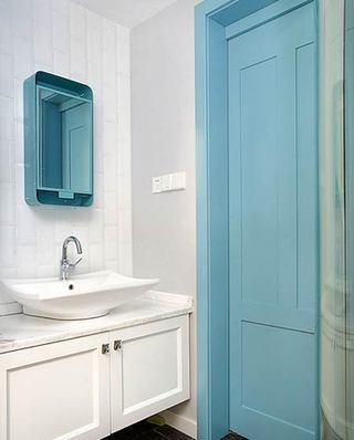 北欧风格小三室装修卫生间洗手台