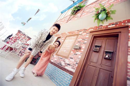 蜀山婚纱摄影排行榜兰州婚纱照钱_初中摄兰州婚纱有哪些区图片