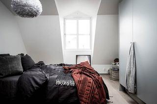 35平单身公寓装修卧室窗户图片