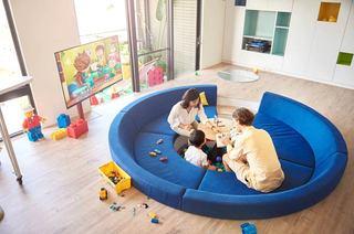 混搭风格两居室装修客厅沙发图片