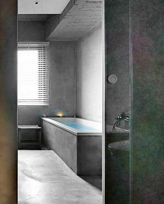 160平复式楼装修浴缸效果图