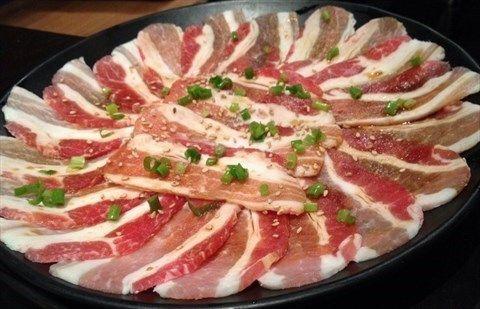 铁板牛肉原料竟是猪肉,盘点家居材料中的挂羊头卖狗肉!