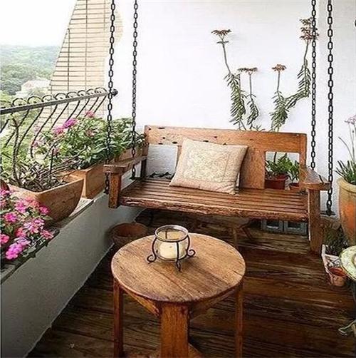 阳台装修护栏效果图 实用美观阳台护栏设计