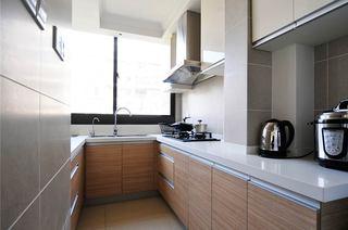 120平简约三居狭长型厨房装修