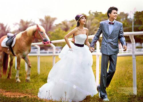 拍婚纱照大概多少钱_去三亚拍结婚照要多少钱 三亚拍婚纱照外景地推荐