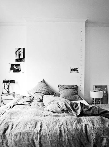 卧室床头背景造型图