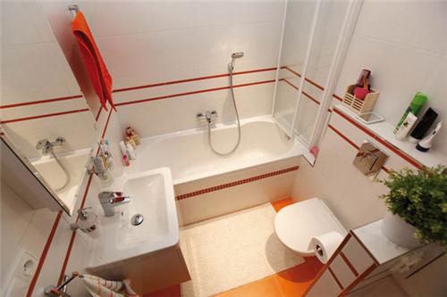 小户型浴室装修效果图 打造舒适温馨的洗浴空间图片
