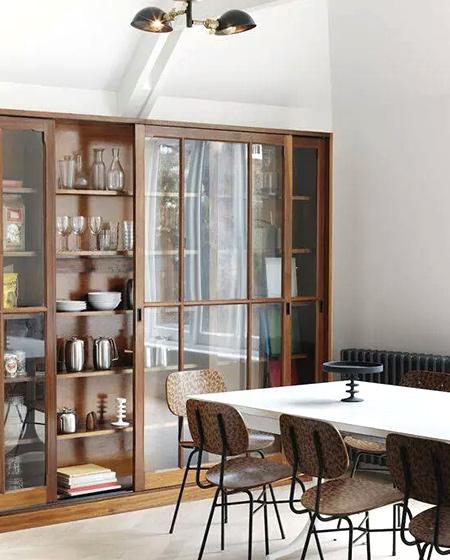别墅装修餐厅餐边柜设计图