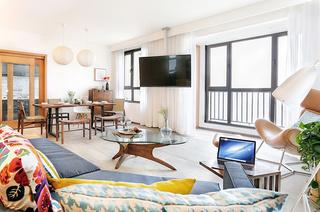150平简约三居客厅装修效果图