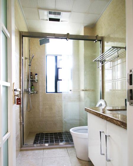 138平简约三居室干湿分离卫生间