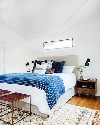 卧室地毯装修设计效果图