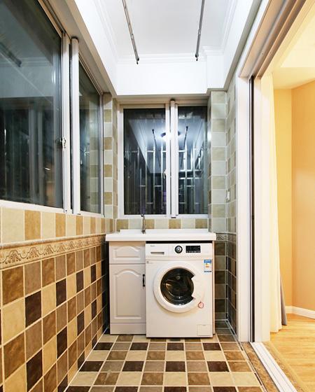 100平美式风格二居阳台洗衣房设计