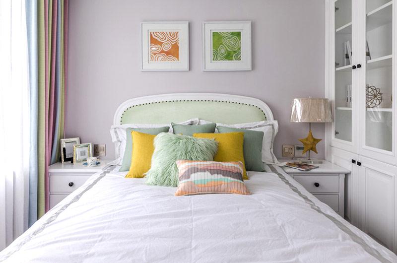 147平美式三居室卧室床头背景墙