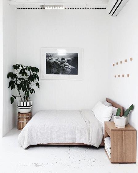极简风卧室装修设计图