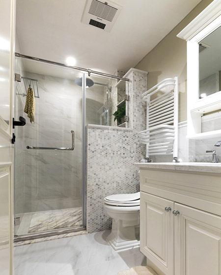 86平美式风格三居卫生间设计图