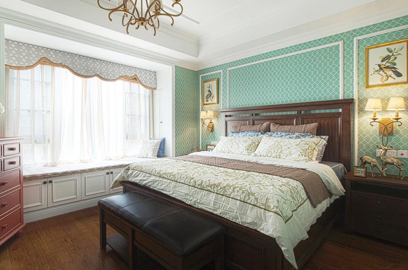 143平美式四居室卧室装修图