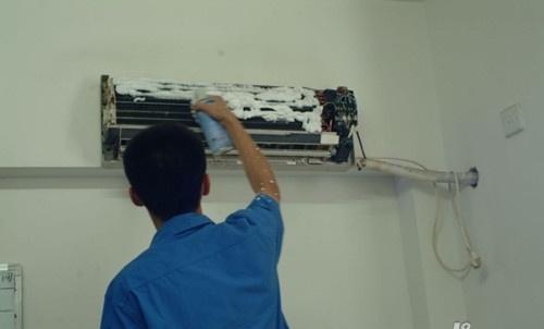 如何拆卸空调内机 空调内机清洗方法