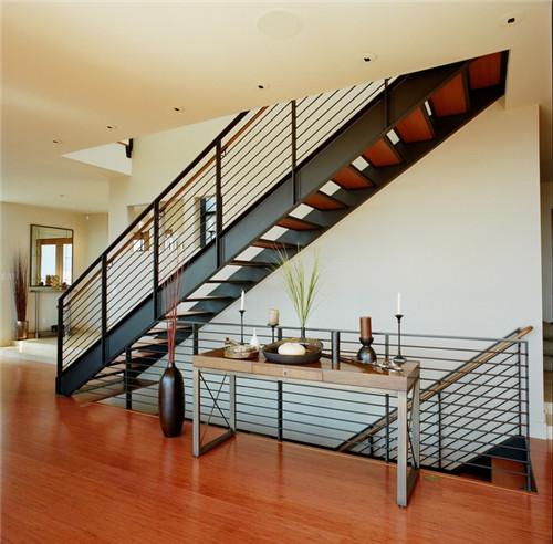 复式楼梯装修图片赏析 2017年超养眼的复式楼梯设计