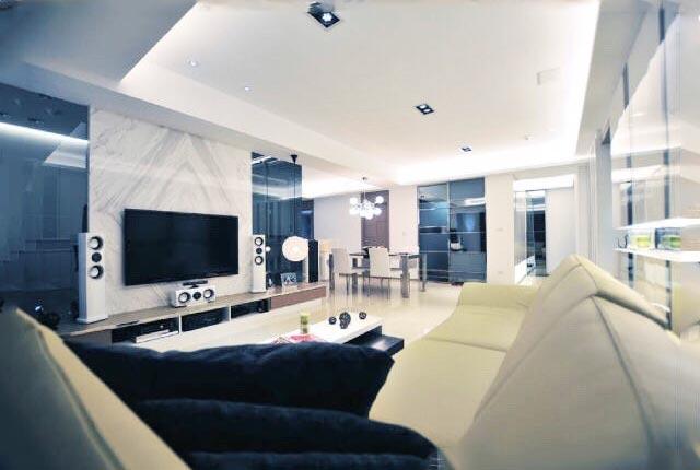 现代风电视背景墙设计实景图