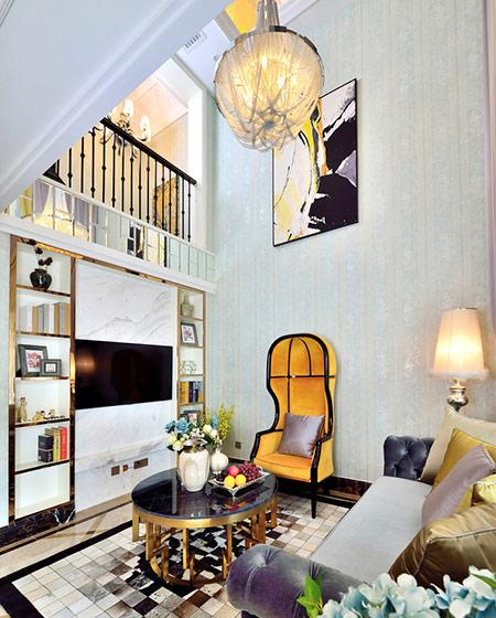 108平新古典风格二居客厅吊灯图片