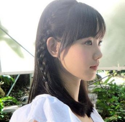 伴娘发型披肩编发图片欣赏 长发伴娘编什么发型好看图片