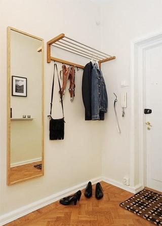 玄关简易衣架设计欣赏图