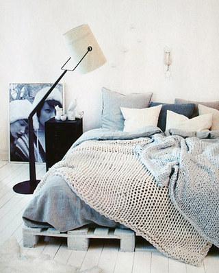 卧室木板床装修设计图