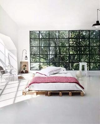 别墅卧室木板床装修图