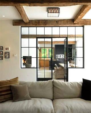 客厅玻璃铁框门设计