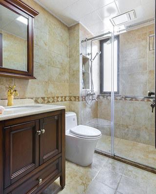 135平简美风格装修卫生间设计
