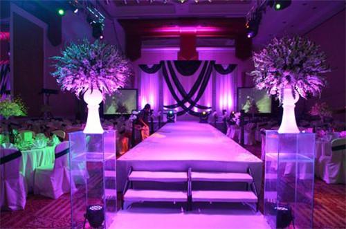 欧式婚庆布置效果图 欧式婚礼现场如何布置