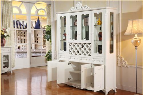 欧式酒柜图片大全 营造高雅气息的白色酒柜设计