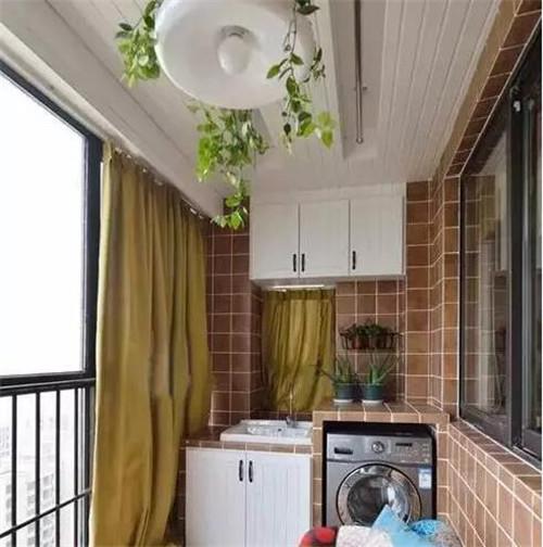 晾衣服阳台装修效果图 阳台晒衣服设计如何出彩